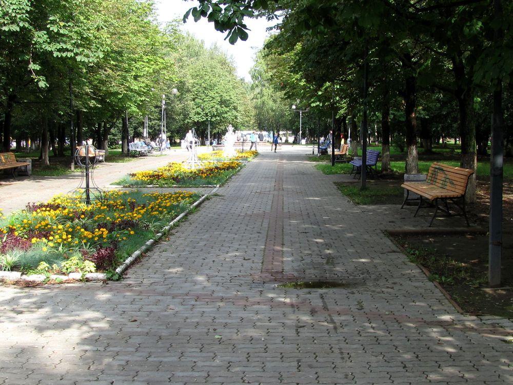 Центральный сквер в Юбилейном